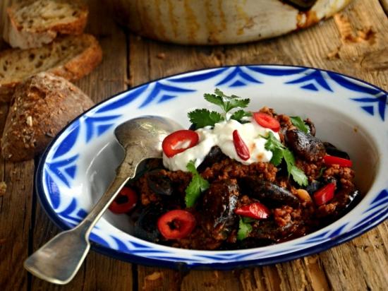 Chilli máslové fazole s mletou zvěřinou