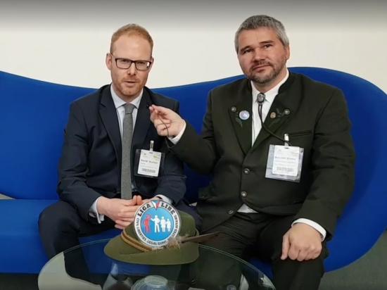 Boj českých myslivců za práva držitelů zbraní ocenil jednatel FACE