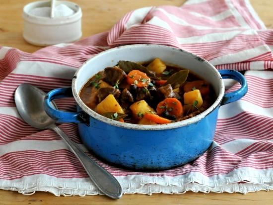 Zvěřinová gulášová polévka